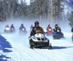 Snowmobile, έλκηθρο χιονιού, φωτο αρχείου